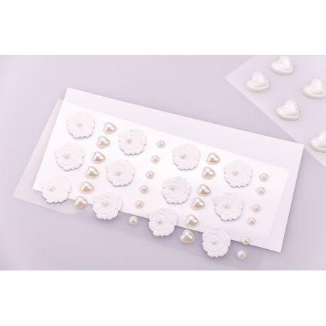 Декоративні наліпки « Квіти і сердечка перламутрові » 36 шт. білі
