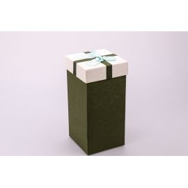Gift box is high 20 × 10 × 10cm.olive