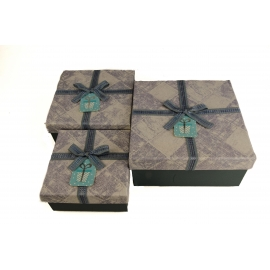 Set of cardboard square boxes for gifts with 3 pieces Gray with textile bow